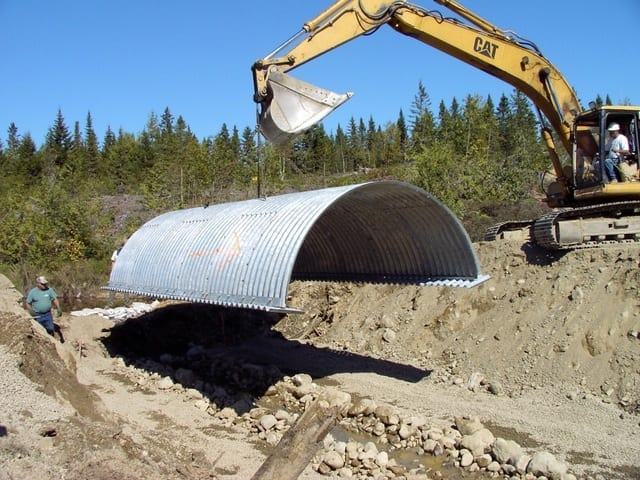 Bolt-A-Plate-structural-plate-arch-with integrated-footings.jpg